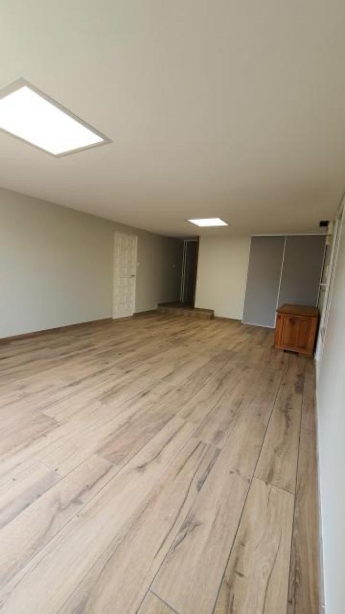 Rénovation d'un garage en salle de jeux