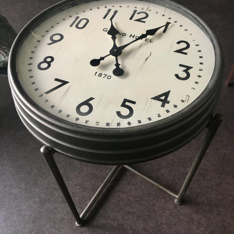 Bout de Canapé Horloge